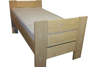 Houten Bed - Stephanie E+E